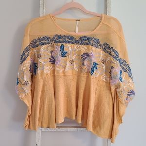 Free People♡ oversized Embroidered linen flowy top